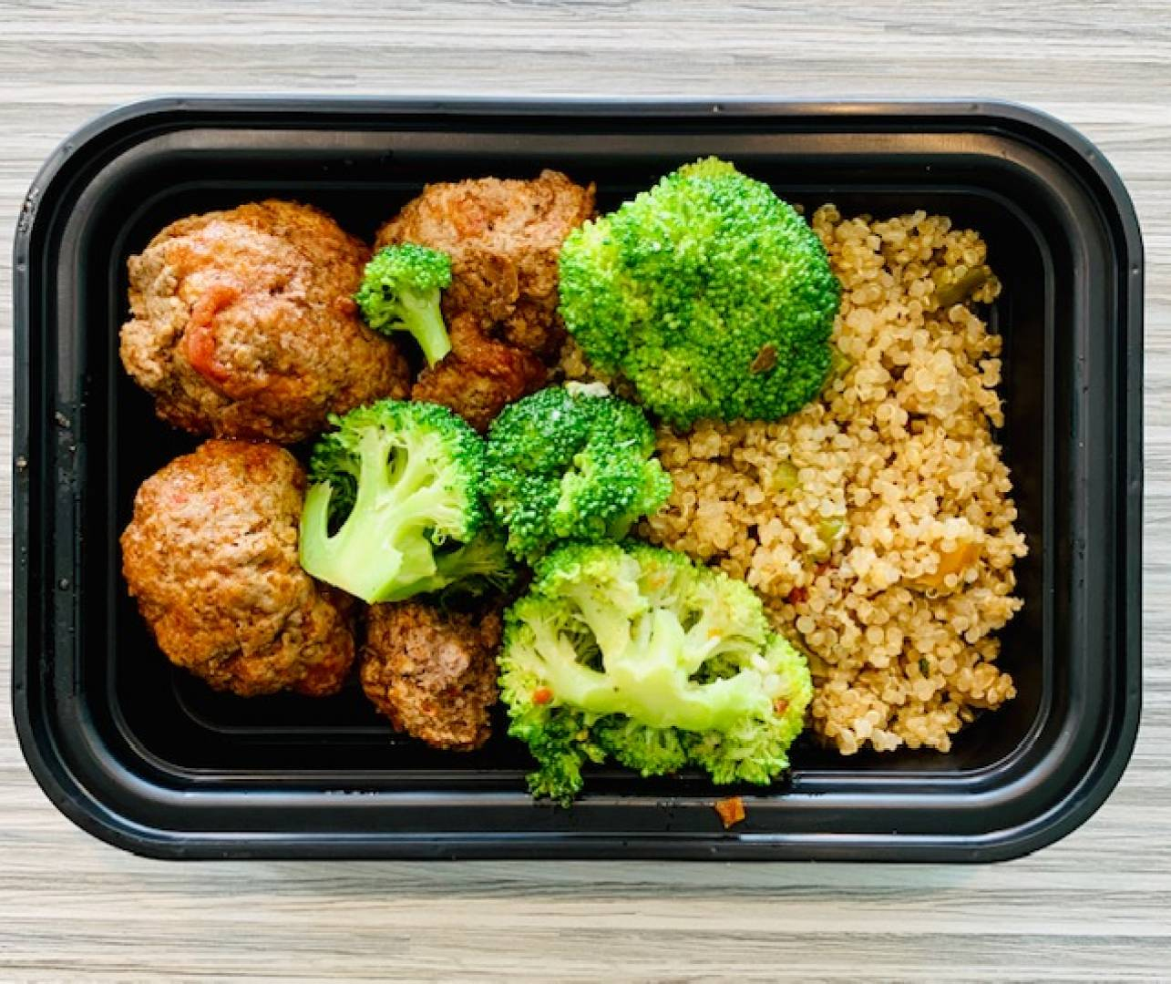 Turkey Meatballs, Quinoa and Broccoli