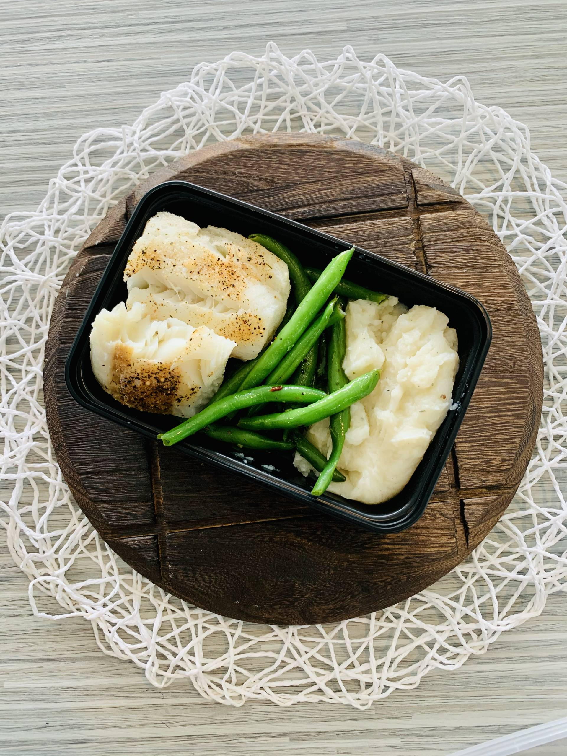 Cod, Mashed Potatoes and Green Beans